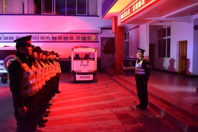子里甲边境派出所提升夜间巡逻防控效能创平安辖区2.jpg