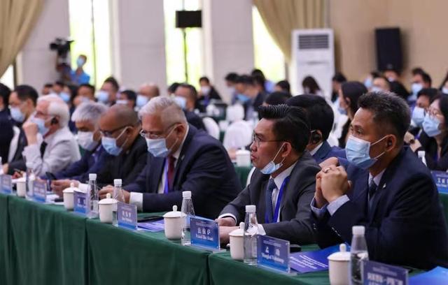 推进全球贫困治理 促进现代化发展 贫困治理与现代化发展国际论坛在云南怒江召开