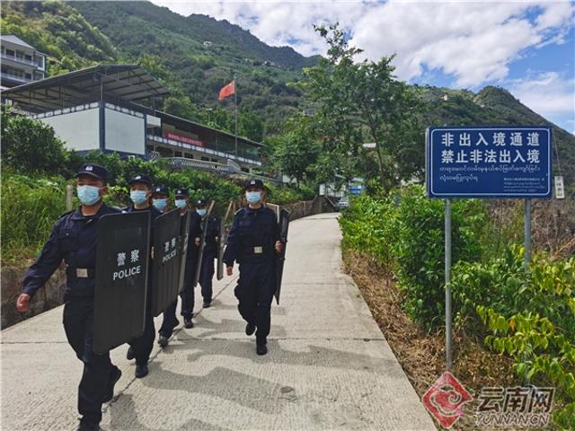 【民族团结进步看怒江】坚守执勤卡点 守护美丽河山